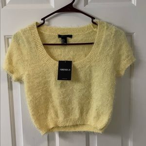 ⚠️NWT⚠️ Forever 21 yellow sweater crop top